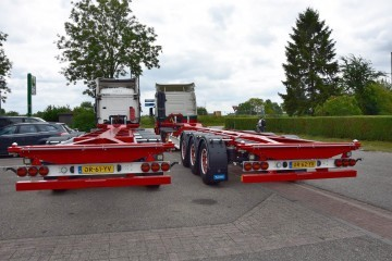 3 D-Tec containerchassis voor F&R Transport